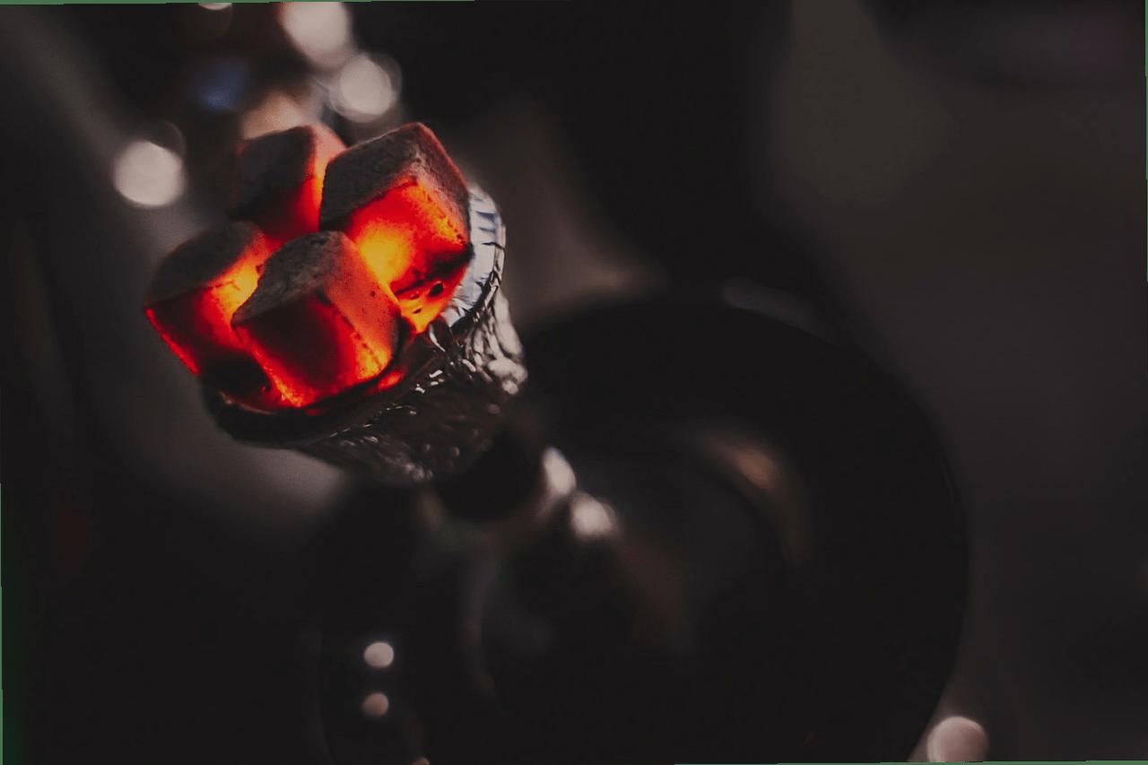 Физика курения. Что происходит с табаком и сиропом под углями?